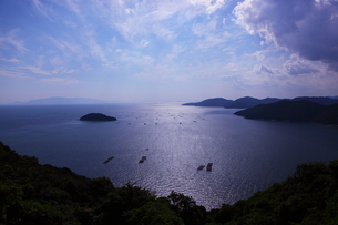 瀬戸内海の青空と海の写真素材 [FYI00367225]