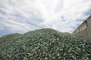 ガラスのリサイクルの写真素材 [FYI00368195]