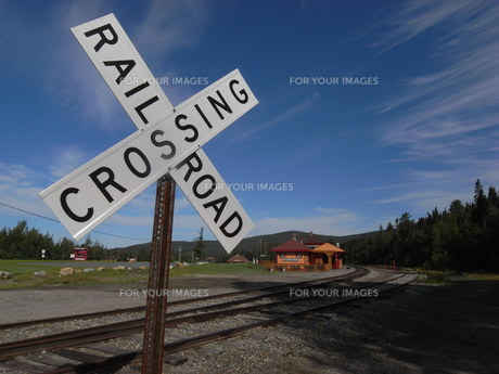 Rail Road Crossingの写真素材 [FYI00368284]