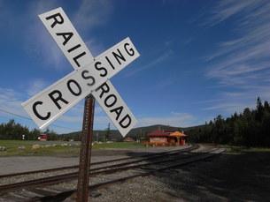 Rail Road Crossingの写真素材 [FYI00368284]