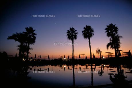 ルクソールの夕景の写真素材 [FYI00368351]