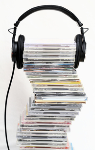 CDとヘッドフォンの写真素材 [FYI00368639]
