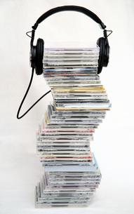 CDとヘッドフォンの写真素材 [FYI00368663]