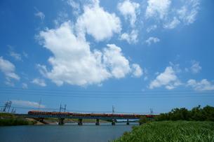 櫛田川と近鉄山田線の写真素材 [FYI00369091]