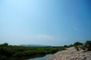 宮川と参宮線の写真素材 [FYI00369096]