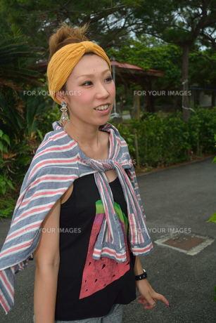 宮古島/来間島で出会った素敵な女性の写真素材 [FYI00373477]