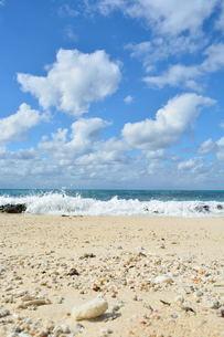 宮古島/冬の長間浜の写真素材 [FYI00375646]