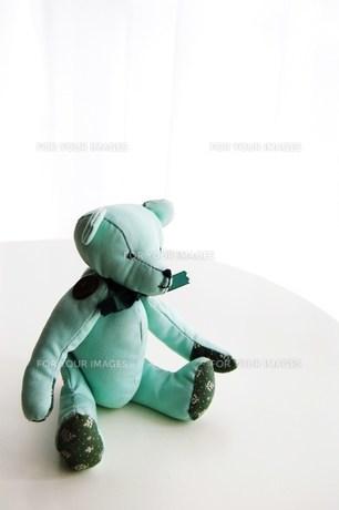 緑の手作りテディベアの写真素材 [FYI00377308]