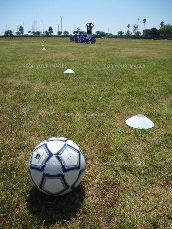 サッカークラブとボールの素材 [FYI00377419]