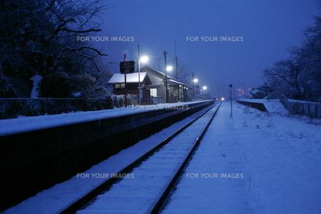 冬の駅の写真素材 [FYI00377547]