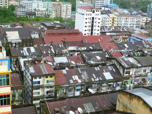 ヤンゴンの町並みの写真素材 [FYI00377739]