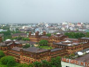 ヤンゴンの町並みの写真素材 [FYI00377782]