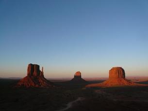 モニュメント・バレー (Monument Valley)の写真素材 [FYI00377801]