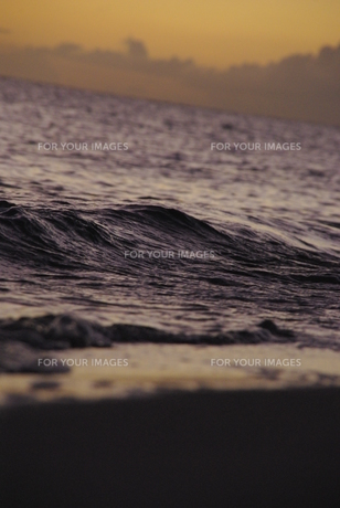 寂しい海のイメージの写真素材 [FYI00377943]
