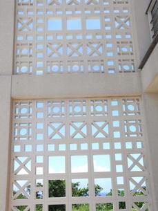 沖縄のブロック塀の写真素材 [FYI00378593]