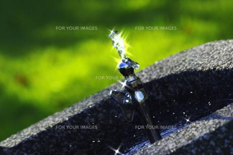 輝く水の写真素材 [FYI00378619]