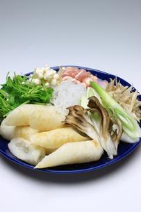 きりたんぽ鍋の材料の素材 [FYI00378758]