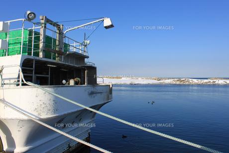 北海道 網走港 オホーツク海 漁船の素材 [FYI00379377]
