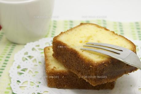 パウンドケーキの写真素材 [FYI00379484]