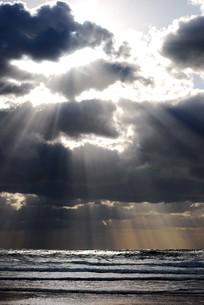海と光の写真素材 [FYI00379513]