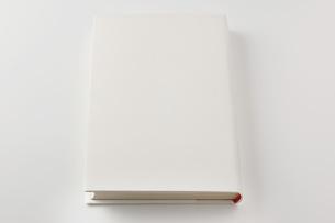 白い本の素材 [FYI00381272]
