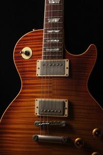 ギターのアップの写真素材 [FYI00381315]
