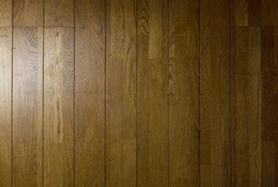 古い木の木目の床の素材の写真素材 [FYI00381397]