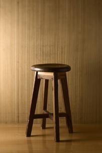 古い木の椅子の写真素材 [FYI00381505]