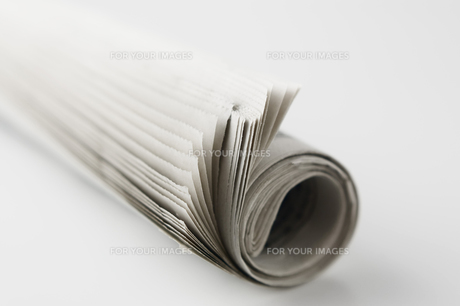 丸めた新聞紙の写真素材 [FYI00381509]