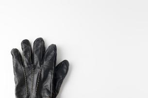 黒い手袋の写真素材 [FYI00381562]