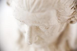 石膏像のアップの写真素材 [FYI00381691]