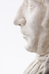 石膏像のアップの写真素材 [FYI00381696]