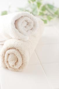 浴室のタオル の写真素材 [FYI00381730]