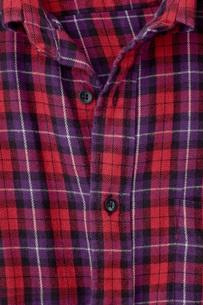 チェック柄のシャツの写真素材 [FYI00381767]