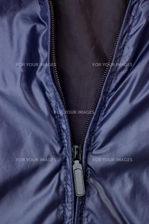 洋服のファスナーの写真素材 [FYI00381770]