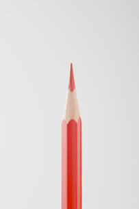 赤色の色鉛筆の写真素材 [FYI00381802]