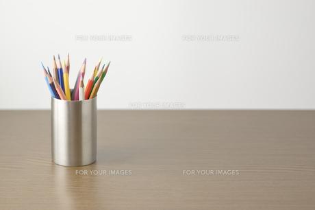 ケースに入った色鉛筆の素材 [FYI00381856]