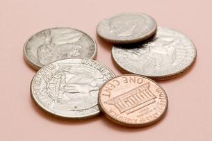 アメリカの硬貨のアップの写真素材 [FYI00382079]