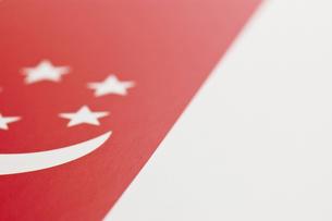 シンガポールの国旗のアップの写真素材 [FYI00382121]