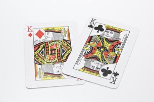 2枚のキングのカードの写真素材 [FYI00382176]