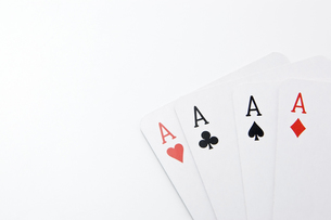 4枚のエースのカードの写真素材 [FYI00382181]