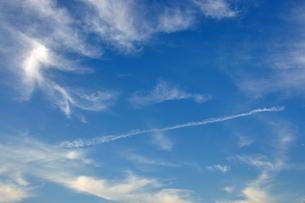 飛行機雲の写真素材 [FYI00382542]
