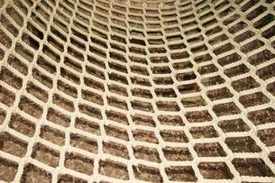 アスレチックのロープの写真素材 [FYI00382677]