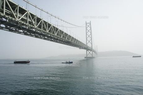 明石海峡大橋の写真素材 [FYI00382875]