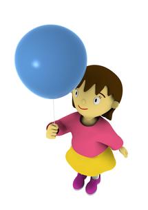 風船を持った女の子の写真素材 [FYI00383368]