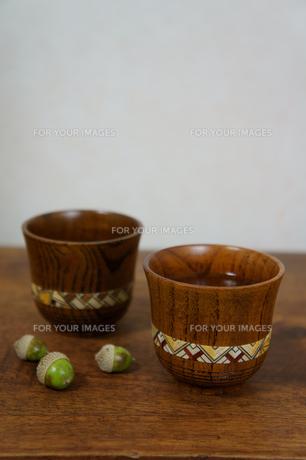 木製のおちょこの素材 [FYI00384440]