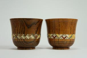木製のお猪口の素材 [FYI00384458]