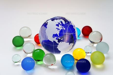 青い地球 ガラス玉の素材 [FYI00384637]