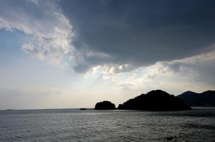 仙酔島 天使の梯子の素材 [FYI00386355]