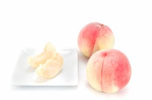 桃 カットフルーツの素材 [FYI00386745]